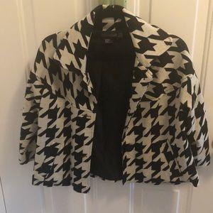 Houndstooth crop cape type jacket w 3/4 sleeves